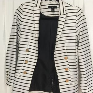 Striped H&M blazer with gold buttons